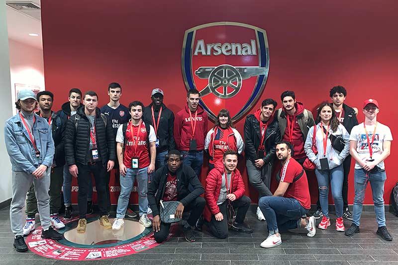 Les B1 de l'ESG Sport visitent le stade d'Arsenal