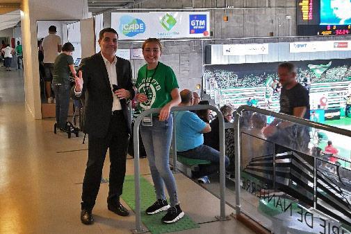 Les étudiants de l'ESG Sport au Palais des Sports Maurice Thorez de Nanterre 92